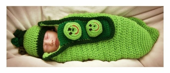 Olivia Grace Nolan Collection Infant Cocoon Nursing Wrap Three Peas in a Pod and Beanie set