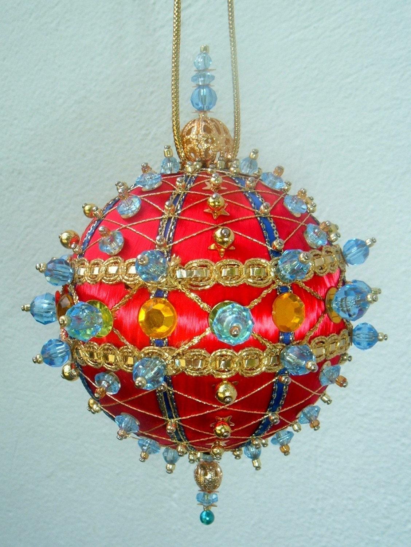 satin beaded ornament kit crisscrossing around the
