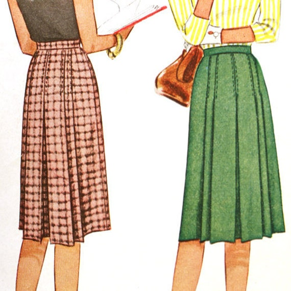 Vintage 40s Pleated Skirt Sewing Pattern - Waist 28 McCall 6226