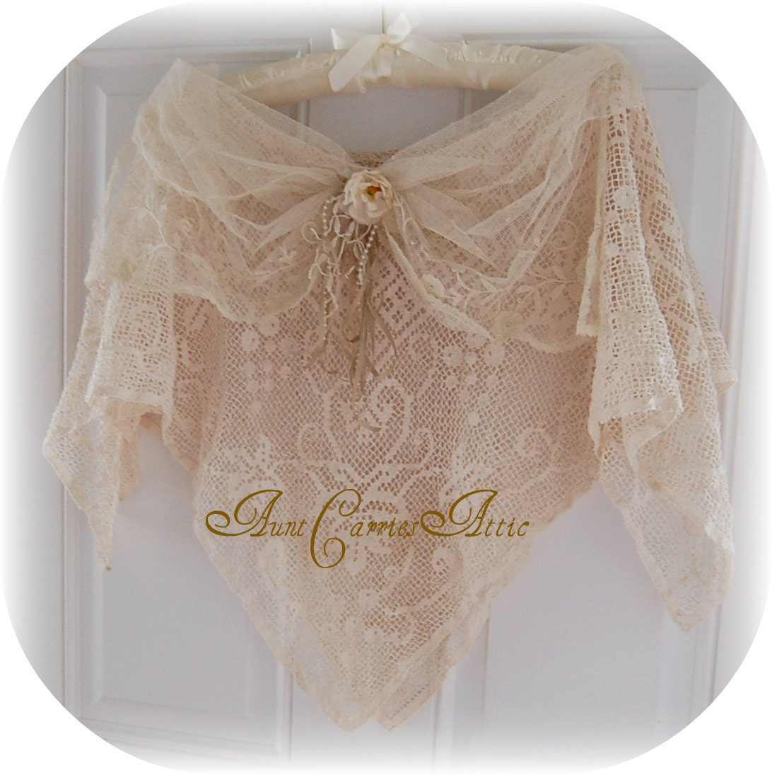 Vintage wedding lace shawl capelet neutral by auntcarriesattic