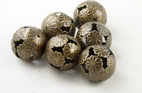 6 Bead Spacers Antique Bronze Flower LARGE Round 21mm NF (1030spa21z1)