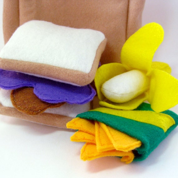 Felt Food Peanut Butter and Jelly Lunch Sack Toy