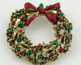 Christmas Wreath Pin with Red Bow Vintage Signed Gerrys