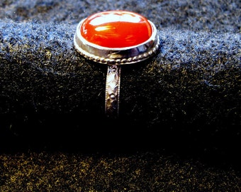 Carnelian and patterned sterling silver ring in size 7