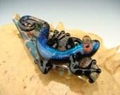 Dichroic GLASS Lizard / Gecko and Leaf PENDANT Lampwork Borosilicate Focal Bead / Sun Catcher Totem purple / black (made to order)