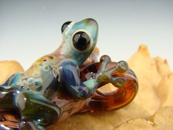 Glass Tree GECKO Lizard Focal Pendant Sculpted Bead (made to order)