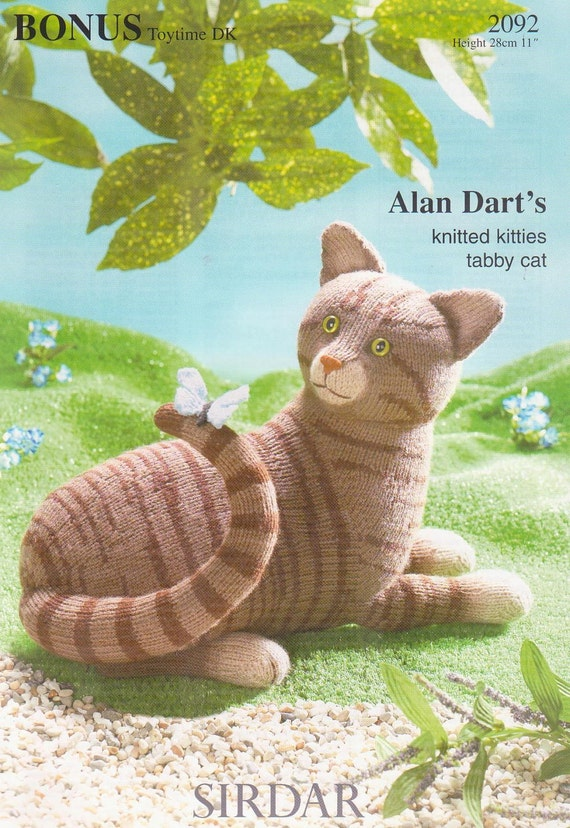 Alan Dart Free Knitting Patterns : Alan Darts Knitted Kitties Tabby Cat knitting by OrderNoRainbows