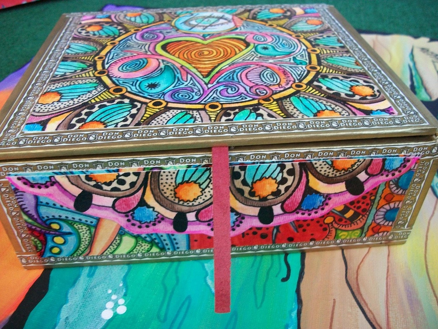 Eye Candy Singleton Hippie Art Cigar Box