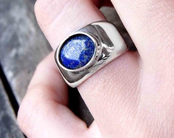 Lapis Ring, Blue Lapis Lazuli Ring, Lapis Jewelry, Silver Ring, Gemstone Ring, Blue Stone Ring with an oval setting, glossy finish