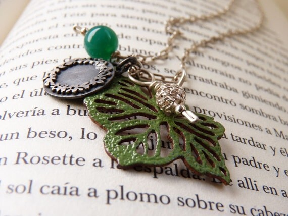 Leaf  Necklace made of Sterling silver and Green enamel, Necklace green leaf, Natural Necklace