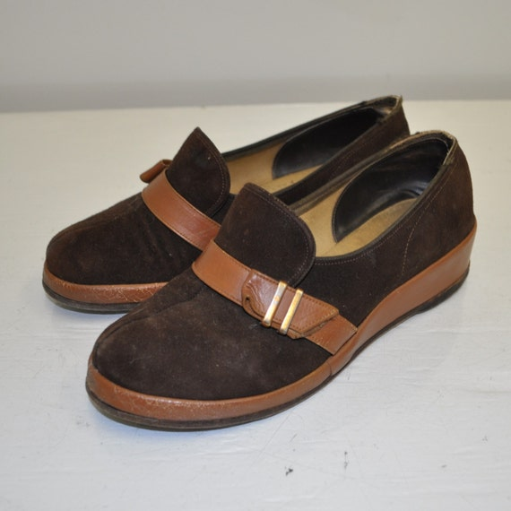 Size 4 sepia buckle 40s loafers  flats