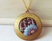Photo locket necklace - floral victorian necklace