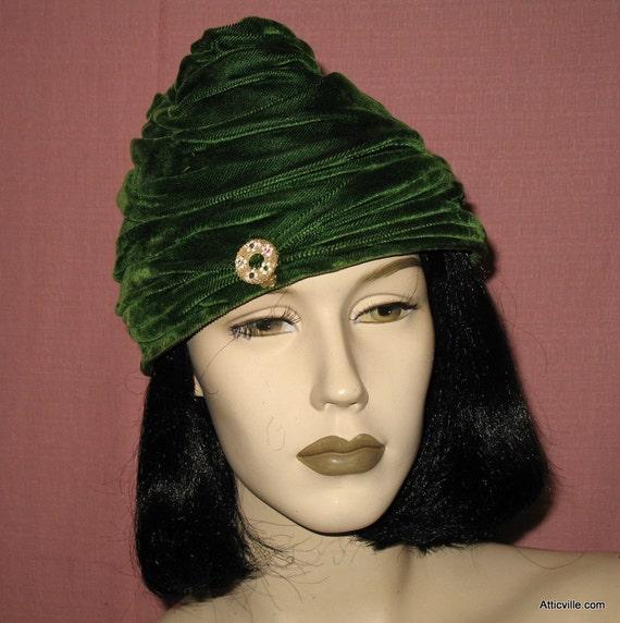 vintage green velvet hat s 1930s 30s 1940s 40s deco