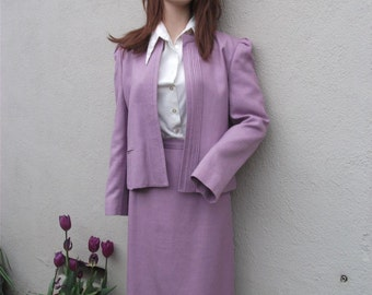 Vintage Suit, Cassidy,  Lavender 2 pc. Suit size 12, Secretary Suit, Ladies Suit, Summer Suit, Linen and Rayon Suit, Purple