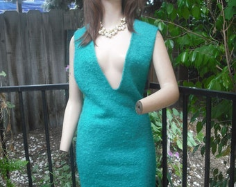 Vintage Dress, Low V-Neck Dress, Fall  Wardrobe, Emerald Green Mohair and Wool Dress, Back Metal Zipper