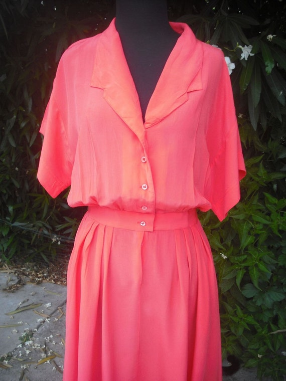 Pretty Vintage Coral Silk Dress/Made in Hong Kong