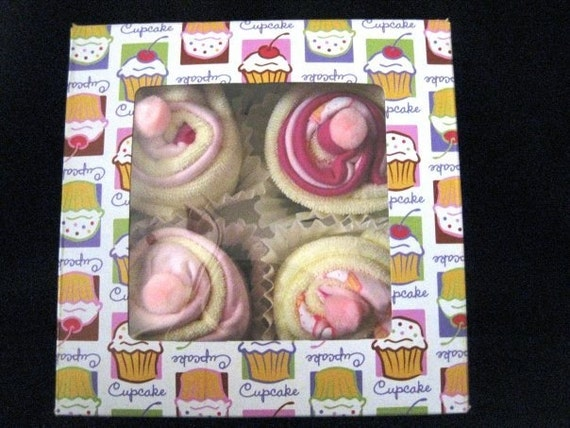 Baby Layette Cupcakes- 11 items GIRL CUPCAKE