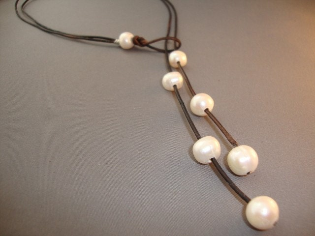Pearls,and,leather,lariat,Jewelry,Necklace,pearls,pearls_and_leather,pearl_necklace,leather_necklace,stone,semi_precious,iseadesigns,freshwater_pearls,modern,ocean,cultivated pearls,greek leather