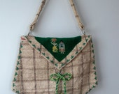 vintage 1960s purse (  ISLANDS )