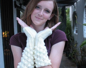 Made to order Snowball Fight Gloves in Cream