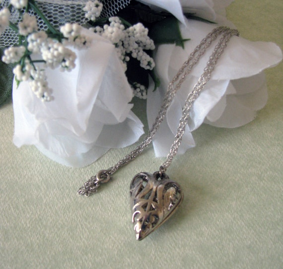 Vintage Silver Heart Locket Necklace