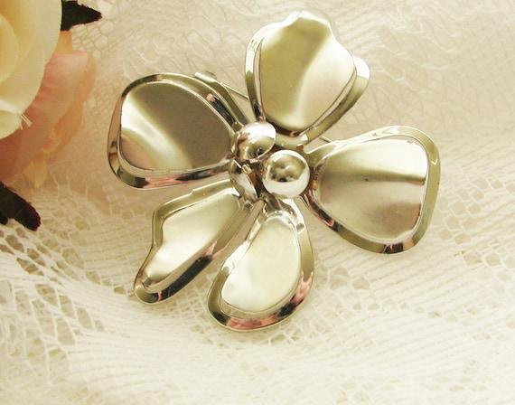 Silver Flower Brooch, Vintage Flower Brooch, Vintage Pin