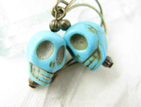 Skull earrings on short brass ear wires, Turquoise Skulls, Blue Skull Earrings, Great for Halloween or Day of the Dead