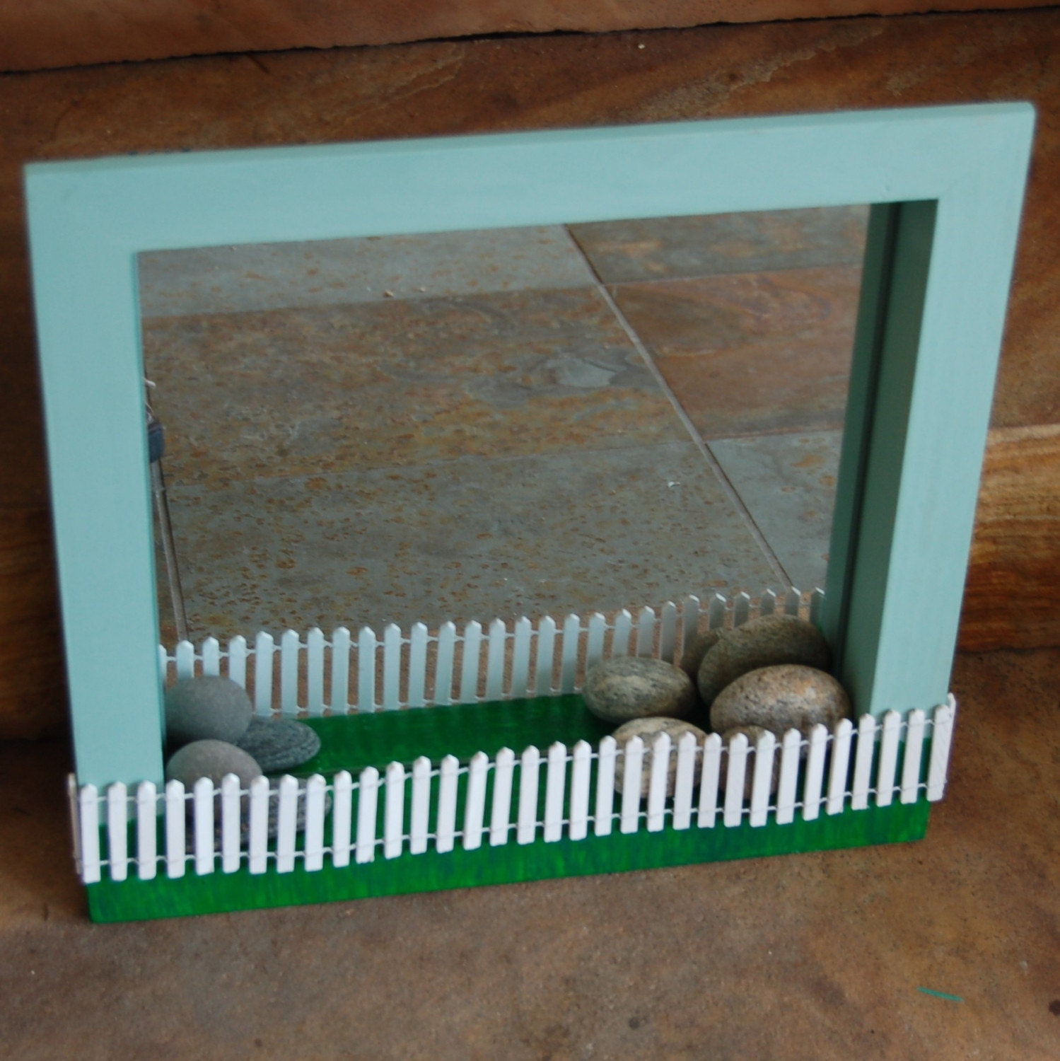 Fence Display Ideas: Picket Fence Mirror Display Box And Jewelry Storage