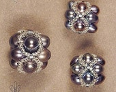 Set of 3 peacock beaded pearl beads O142. Natural black pearl cluster beads.