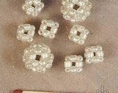 Set of 8 beaded beads O144. Bead clusters