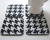 Coasters, Fabric Coasters        Black & White Houndstooth