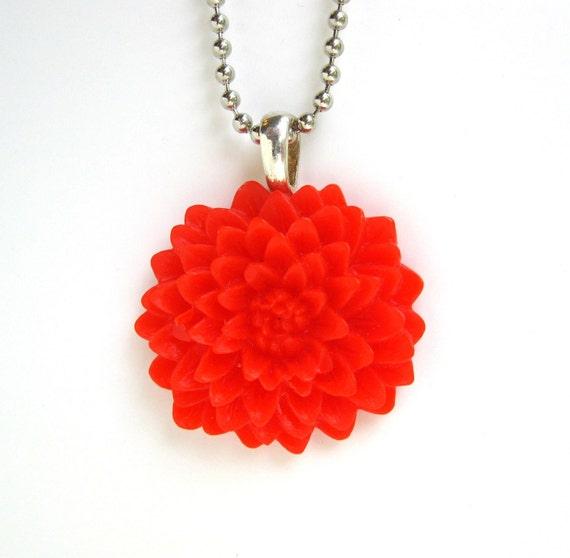 Red Chrysanthemum Flower Necklace