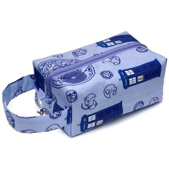 Project Bag Boxy Knitting Bag - Doctor Who Tardis