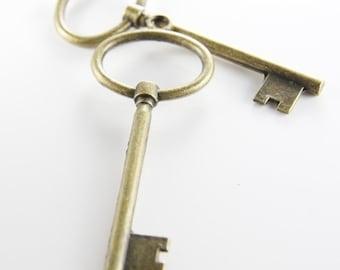 2pcs Antique Brass Tone Base Metal Pendants-Key 92x35mm (9197Y-D-95B)