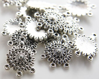 20pcs Oxidized Silver Tone Base Metal 3 to 1 component - 27x19mm (145Y-F-153A)