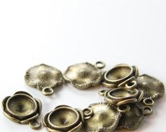 10pcs Antique Brass Tone Base Metal Charms-Flower 16mm (13306Y-F-211B)
