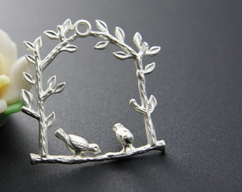 4pcs Matte Silver Plated Pendants-Birds on Branch 32x30mm (58C-R-54)