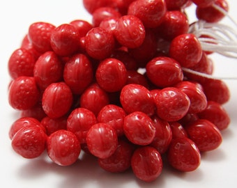 25pcs Czech Glass Beads-Strawberry Op. Red 7x11mm (PG260000)