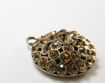 1 pcs Antique Brass Tone Base Metal Pendants with Champagne Rhinestone 41x34mm (12464Y-B-278B)