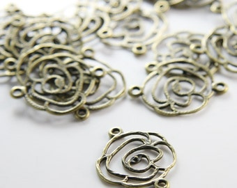 20pcs Antique Brass Tone Base Metal Charms-Flowers Link 20x25mm (25674Y-H-205)