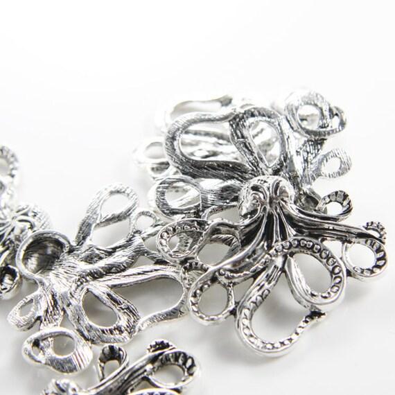 4pcs Oxidized Silver Tone Base Metal Links-Octopus 43x35mm (6687Y-E-289A)
