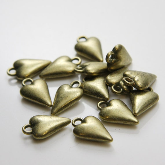 12pcs Antique Brass Tone Base Metal Charms-Heart 18x11mm (82X-D-196B)