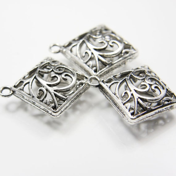 4pcs Oxidized Silver  Tone Base Metal Pendants-25mm (11146Y-E-83A)