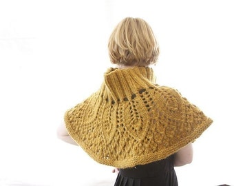 Peacock's Tail Capelet  - PDF knitting pattern