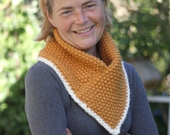 SALE Thick and trendy hand knit cowl