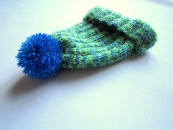 Hand Knit Pom Pom Hat