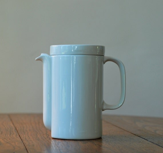 Vintage White Ceramic Covered Coffee Tea Pot
