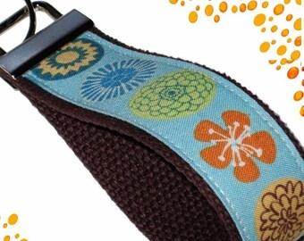 Wrist Key Chain - Key Fob Wristlet Keychain - Flowers and Polka Dots