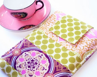 Kindle Cover, Kindle Paperwhite Case,  Nook Glowlight Cover, Kindle Oasis Sleeve, Purple Medallion Case, Funky Kindle Case  in Trinkets