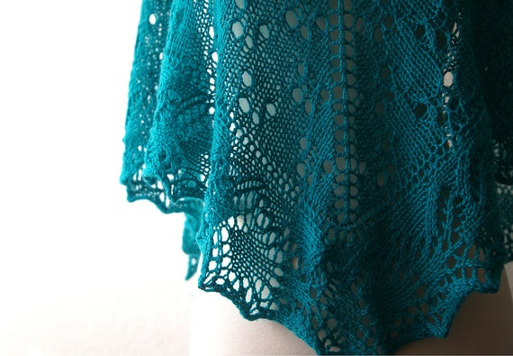 Knitting Pattern PDF / The Silver Spoon One Skein Shawl
